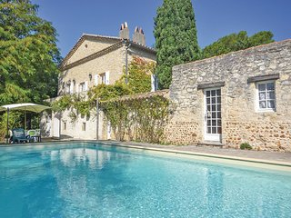 4 bedroom Villa in Saint-Marcel-les-Sauzet, France - 5539388