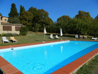 2 bedroom Apartment in Lilliano, Tuscany, Italy : ref 5226792