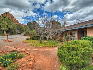NEW! 2BR Sedona Home w/Furnished Deck and Views!