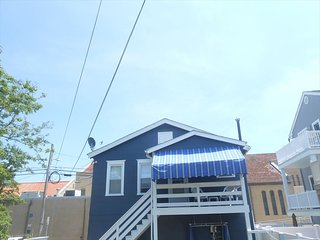 135 Ocean Ave. 2nd Flr. Rear Garage Apt. 22563