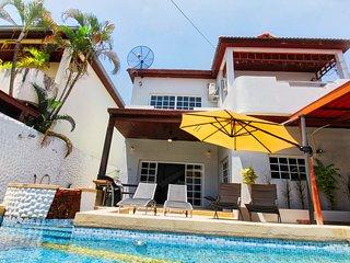 Elegant Private Pool Villa near Walking Street Pattaya