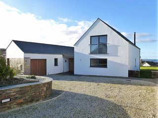 'Longview' - A contemporary beach house with stunning views of the Cornish coast