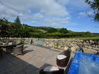 46537 Cottage situated in Conwy (5 mls S)