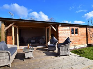 56767 Log Cabin situated in Crediton (6.5 mls NW)