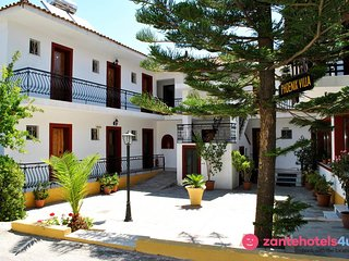 Studio in Laganas for 2 guests, 100m away from the beach!