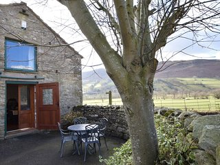 57641 Cottage situated in Sedbergh (3mls SE)