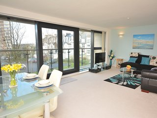 54240 Apartment situated in Plymouth