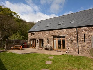 50908 Barn situated in Crickhowell (5mls NW)