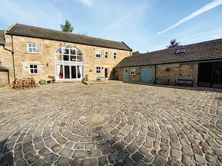 PK405 Cottage situated in Matlock (2.3 mls NE)