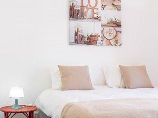 Flores Apartment
