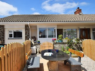 42756 Bungalow situated in Wadebridge