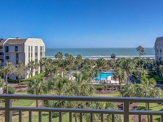 435 Shorewood - Oceanfront Views, Heated Zero Entry Pool, Spa & Kiddy Pool