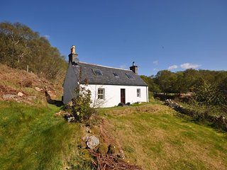 SU303 Cottage situated in Lochinver