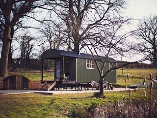 42960 Log Cabin situated in Usk (2.5mls N)