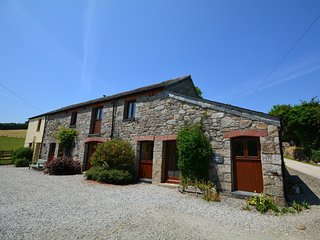 LTBRA Barn situated in Fowey (11mls N)
