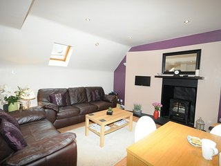 54074 Cottage situated in Cullen (3.7mls E)