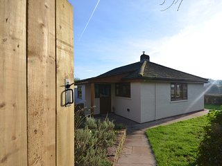 48012 Bungalow situated in Ross on Wye (9Mls SW)