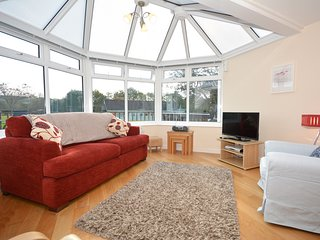 47361 Bungalow situated in Aberaeron (4mls W)