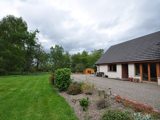 43639 Cottage situated in Nairn (7.5mls SE)