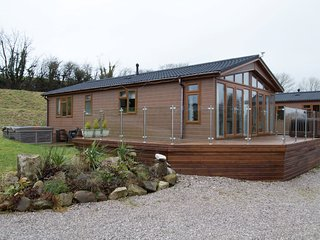 54540 Log Cabin situated in Carnforth (3.5mls E)