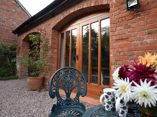 COBAR Cottage situated in Exmouth (6.5mls N)