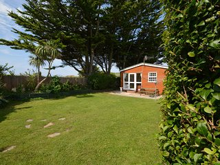 53676 Log Cabin situated in Croyde