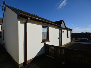 53416 Bungalow situated in Saundersfoot (2mls N)
