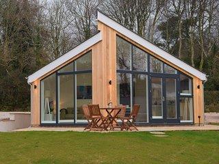 49152 Log Cabin situated in Kingsbridge (5mls SE)