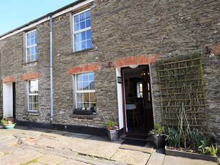 KCOTT Cottage situated in Padstow (3.5mls SE)