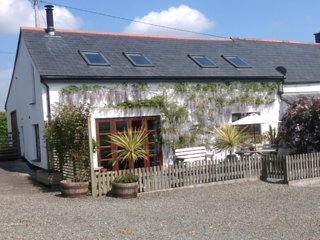 OLDMI Barn situated in Crackington Haven (8mls S)