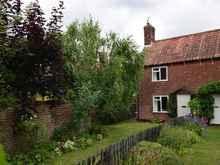 52817 Cottage situated in Saxmundham (2.5mls SE)