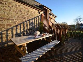 GREAT Barn situated in Bideford (6mls S)