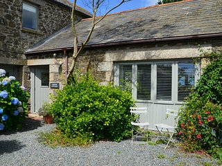 44397 Barn situated in Port Isaac (2mls SW)