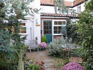 HSON8 Cottage situated in Worstead