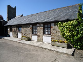 ASTAB Cottage situated in Bideford (4mls E)