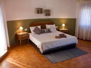 Finca Sonada-El Sotillo. Jouw Bed and Breakfast, gelegen in een groene oase