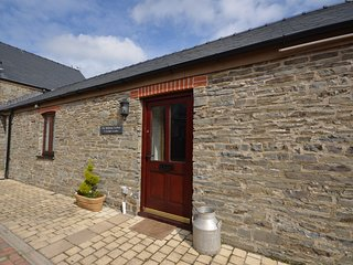 44136 Bungalow situated in Aberystwyth (1.5mls NE)