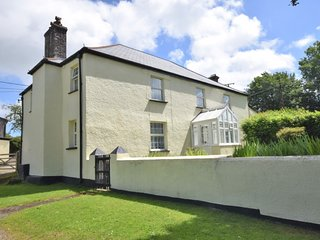 45195 House situated in Launceston (6mls NE)