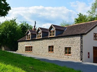 27808 Cottage situated in Bath (13mls S)