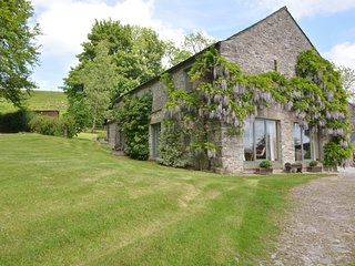 52031 Barn situated in Taddington (1.5mls NE)