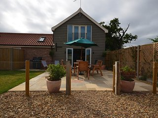 40941 Barn situated in Winterton-on-Sea
