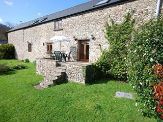 CIDER Barn situated in Wellington (4mls S)