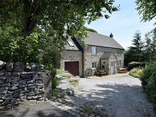 47450 House situated in Brassington