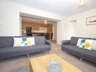 51581 Apartment situated in Saundersfoot (3mls W)
