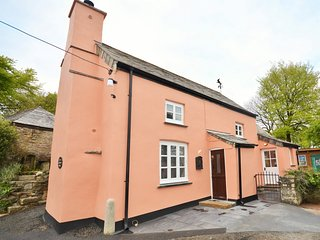 LTREC Cottage situated in Tintagel (15mls E)