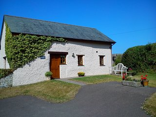 TALLB Barn situated in Bude (4mls SE)