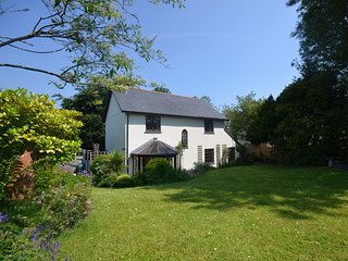 52015 House situated in Barnstaple (3mls SE)