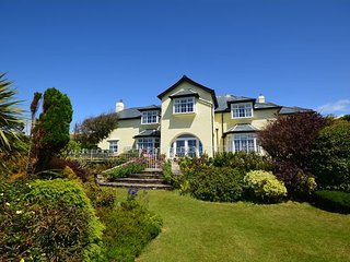 WARRN House situated in Thurlestone