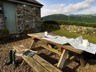 SKN09 Cottage situated in Conwy Valley (7 mls N)