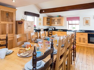 PK719 Cottage situated in Chelmorton